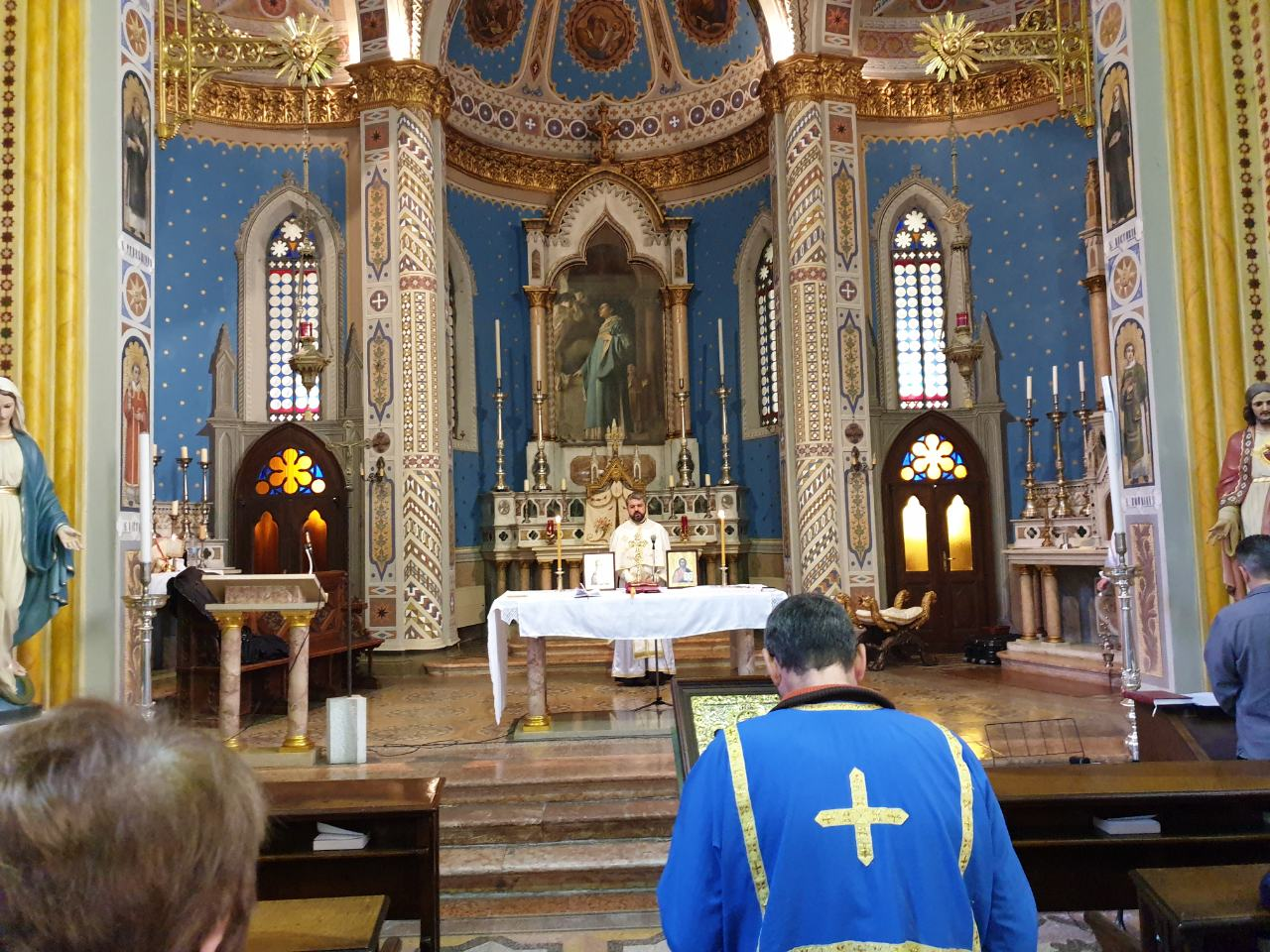 Света Литургија у Пјаћенци