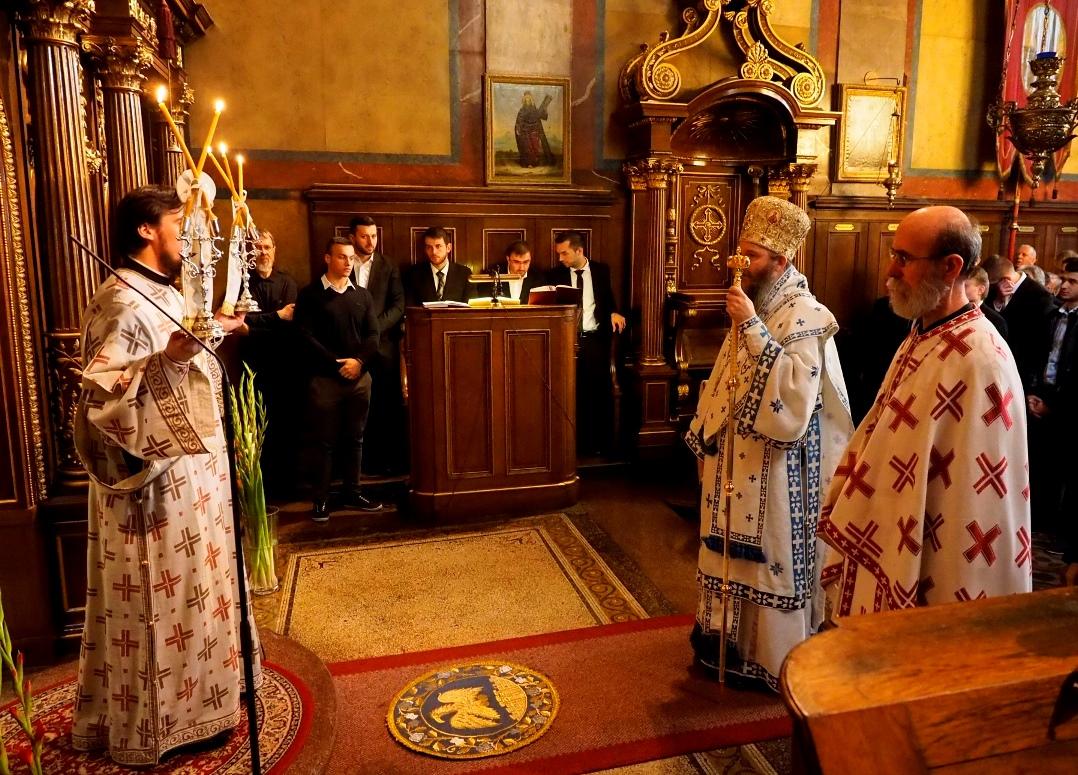 Владика Андреј служио у Саборној цркви