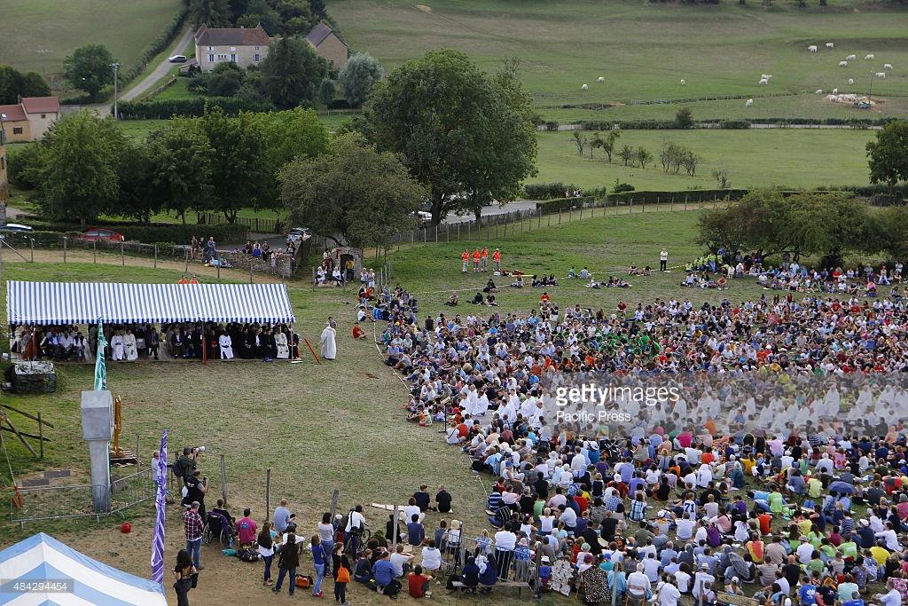 Епископ Андреј на обележавању 75-годишњице Заједнице у Тезеу