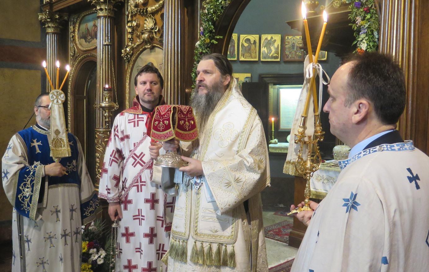 Уторак обновљења – Владика Андреј служио у Саборном храму