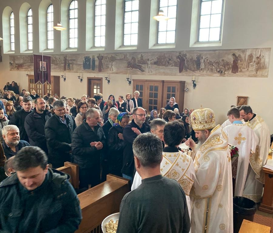 Посета Епископа Андреја луцернској парохији