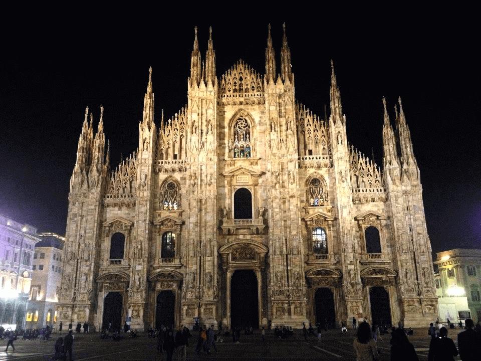 Служба на Светски дан мира у Милану