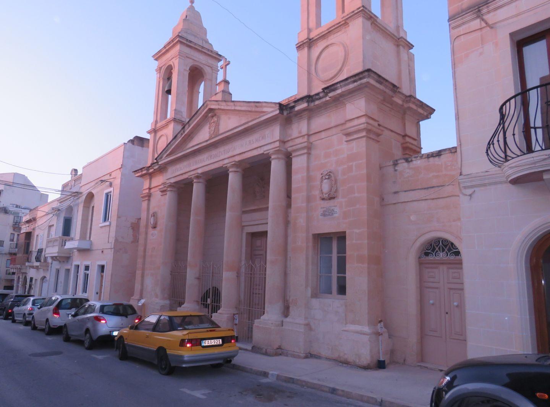 Посета Архијерејског намесника за Италију и Малту парохији на Малти