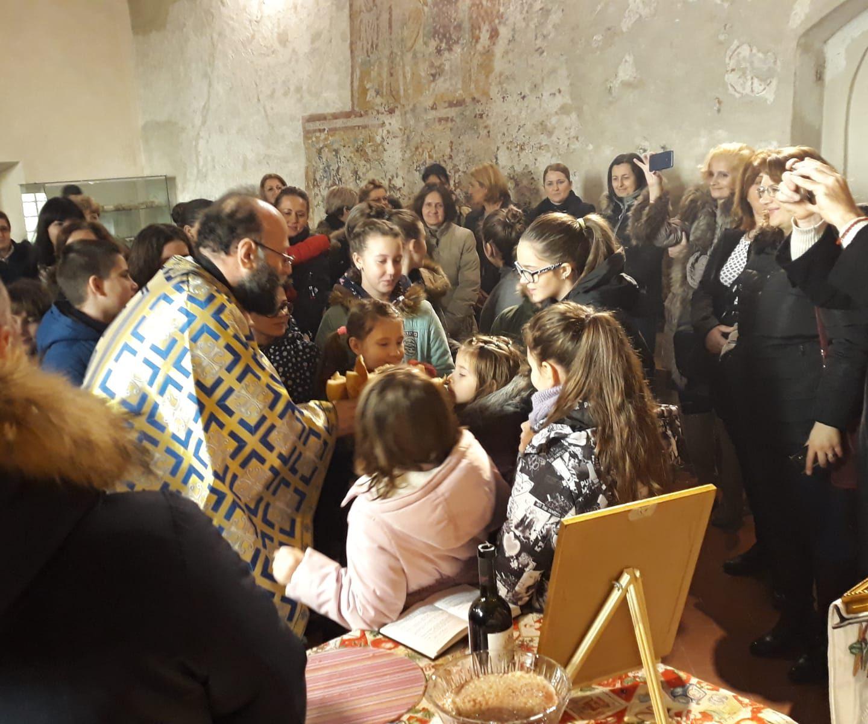 Српска деца у Удинама и Порћији прославили своју славу Св. Саву