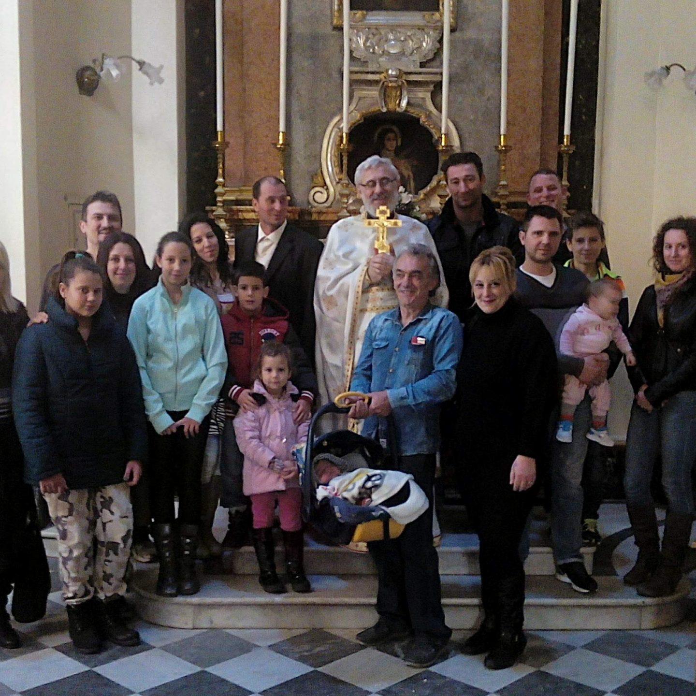 Црквени живот у мисионарској парохији на Малти