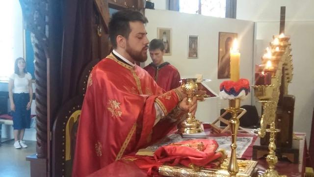 Нови парох санктпелтенски служио прву Свету литургију