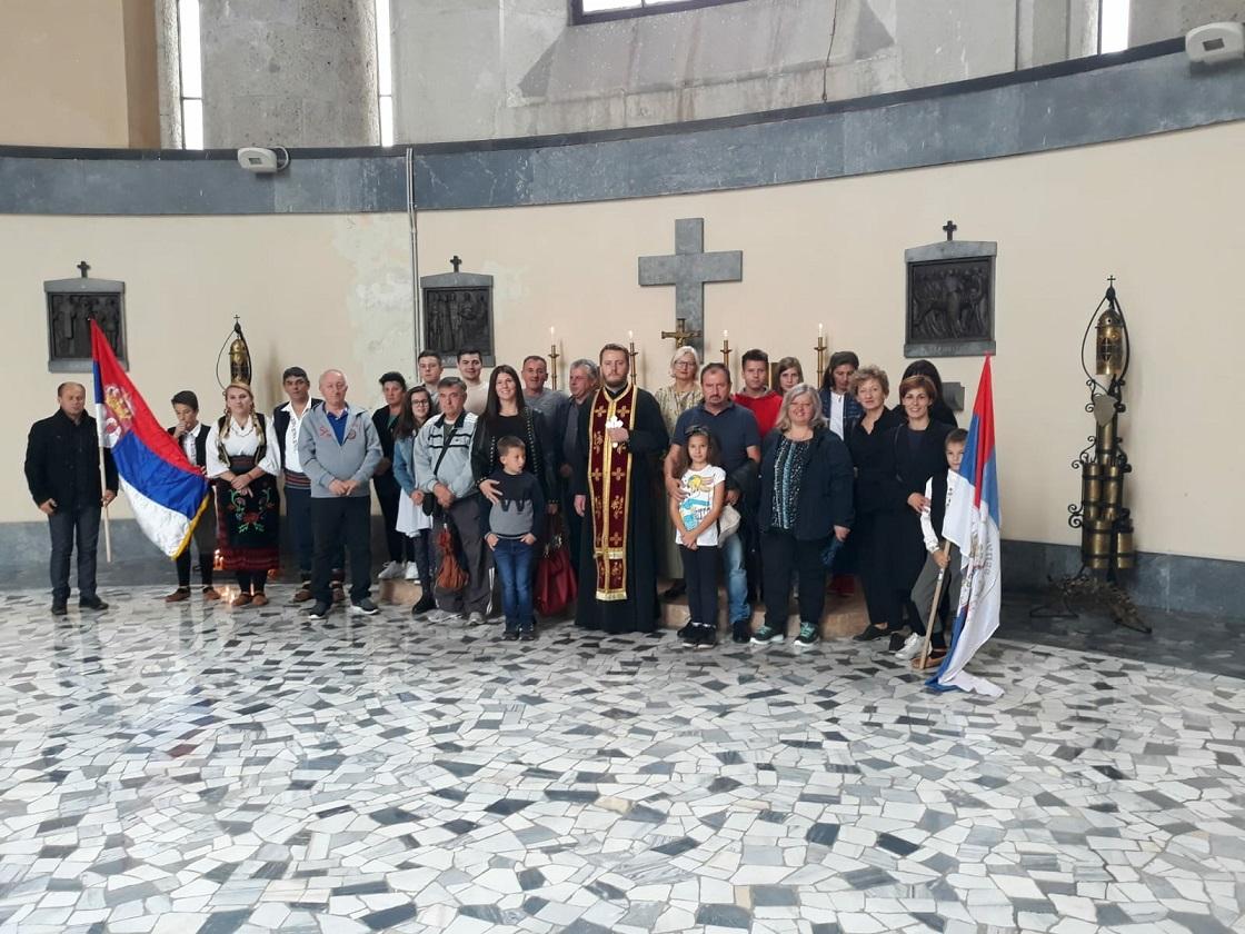 Михољданске Задушнице и вечерња служба у Роверету