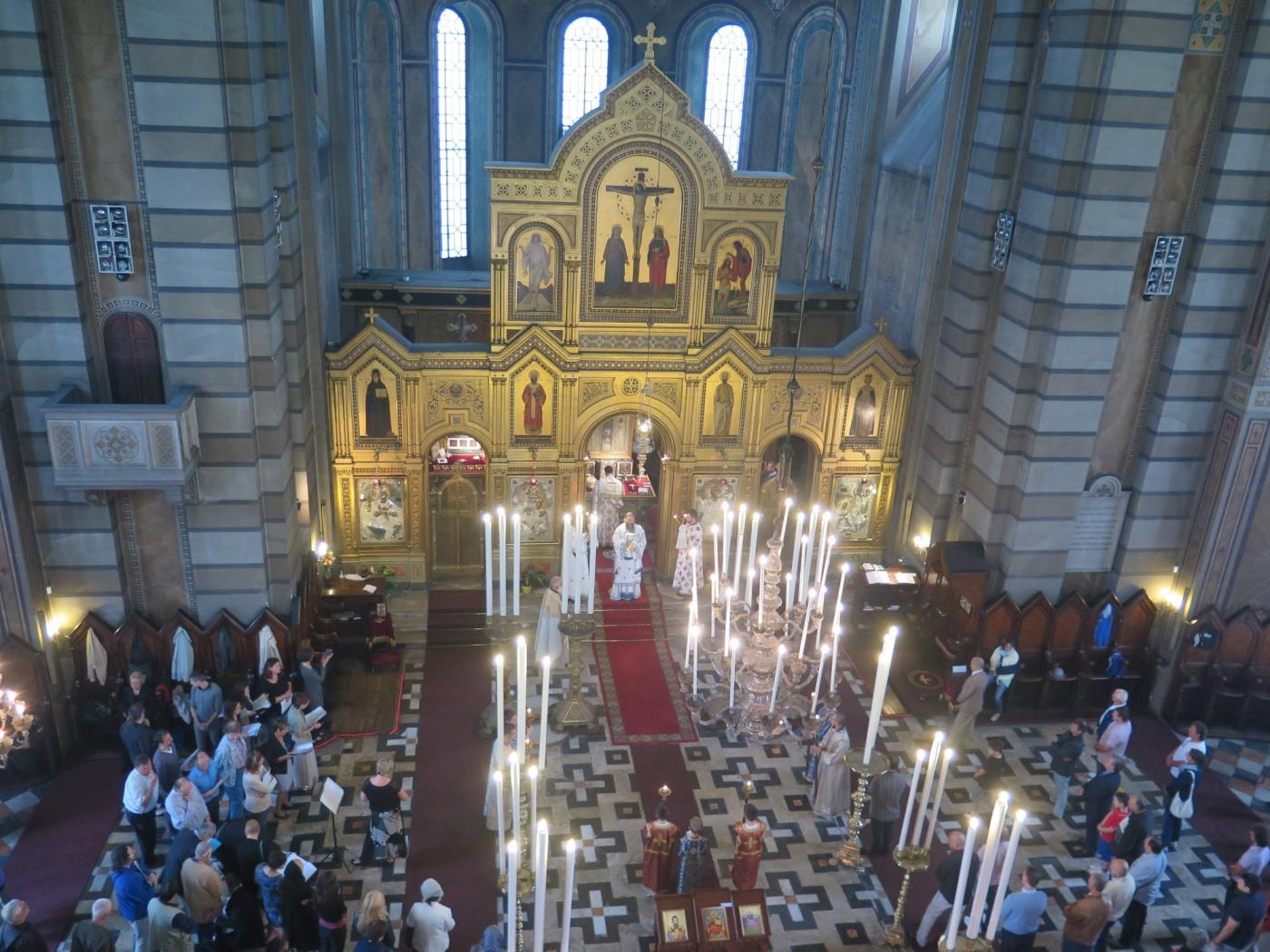 Свечана архијерејска Литургија у славној цркви светог Спиридона у Трсту