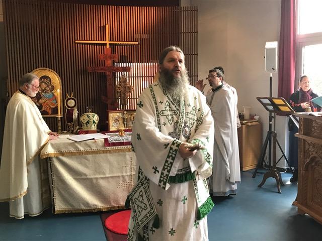 Епископ Андреј на парохијској слави у Лозани
