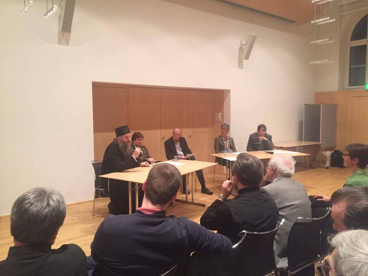 """Дебата """"Да ли је свим црквама потребна реформа"""" у Цириху"""