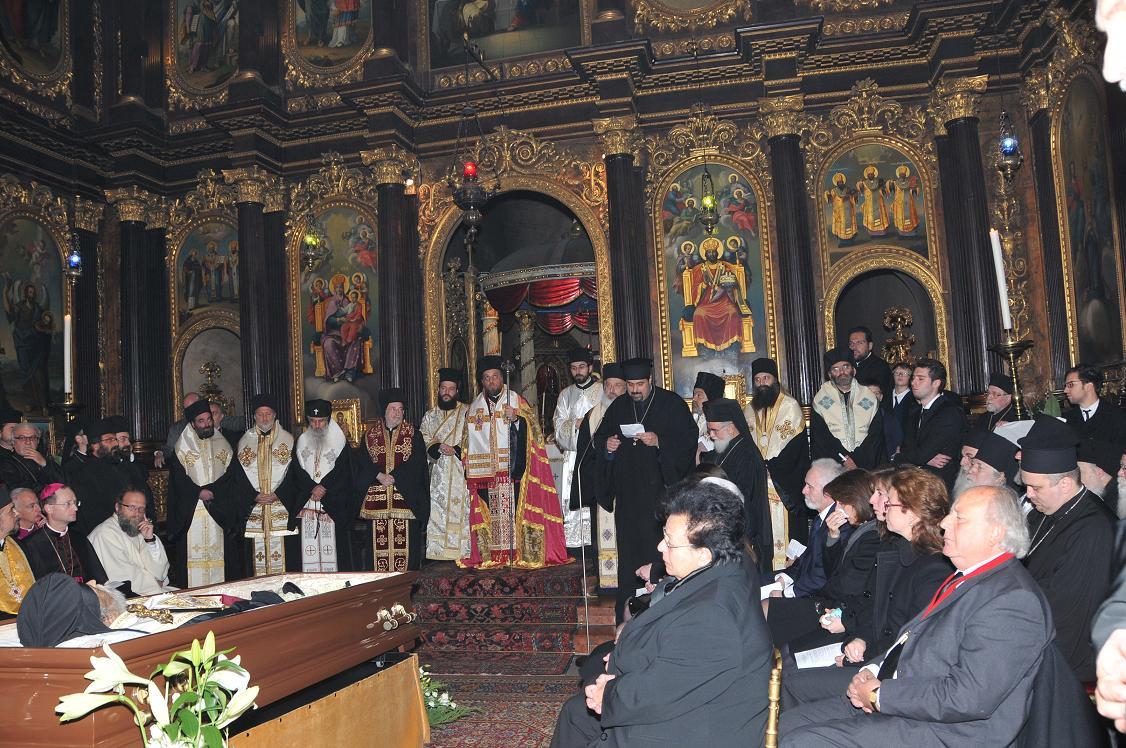 Опело и сахрана приснопамјатног митрополита Михаила Стаикоса