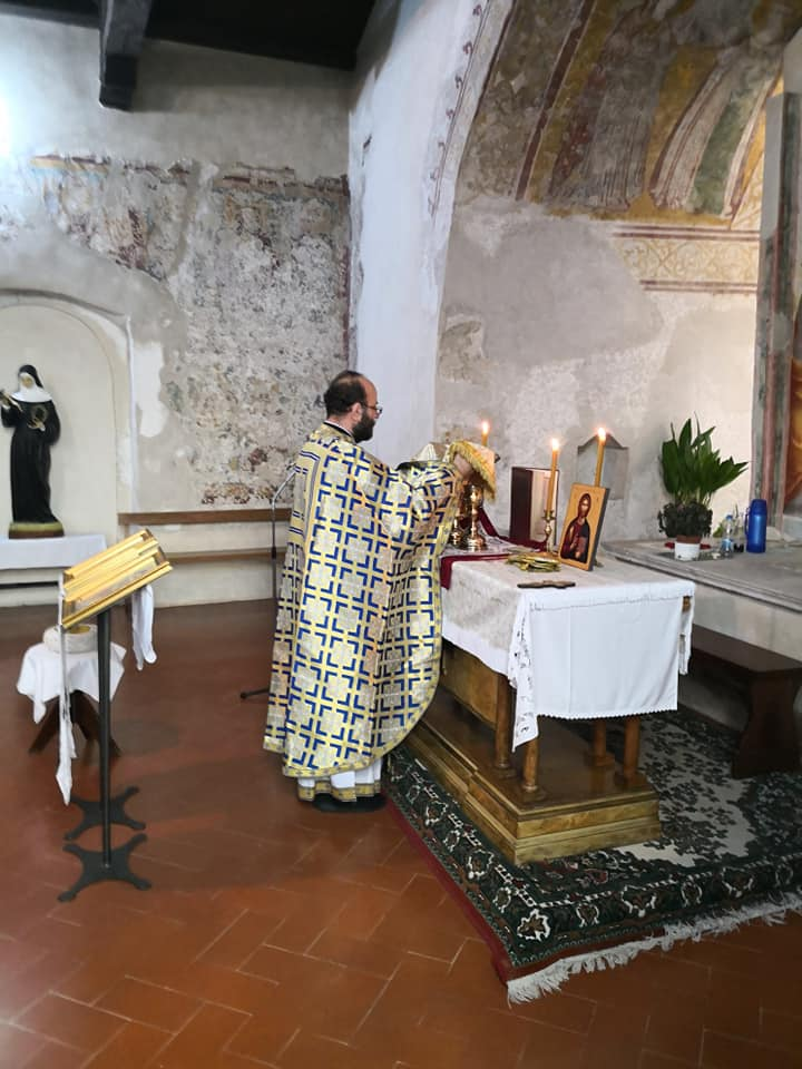 Света Литургија у Порћији